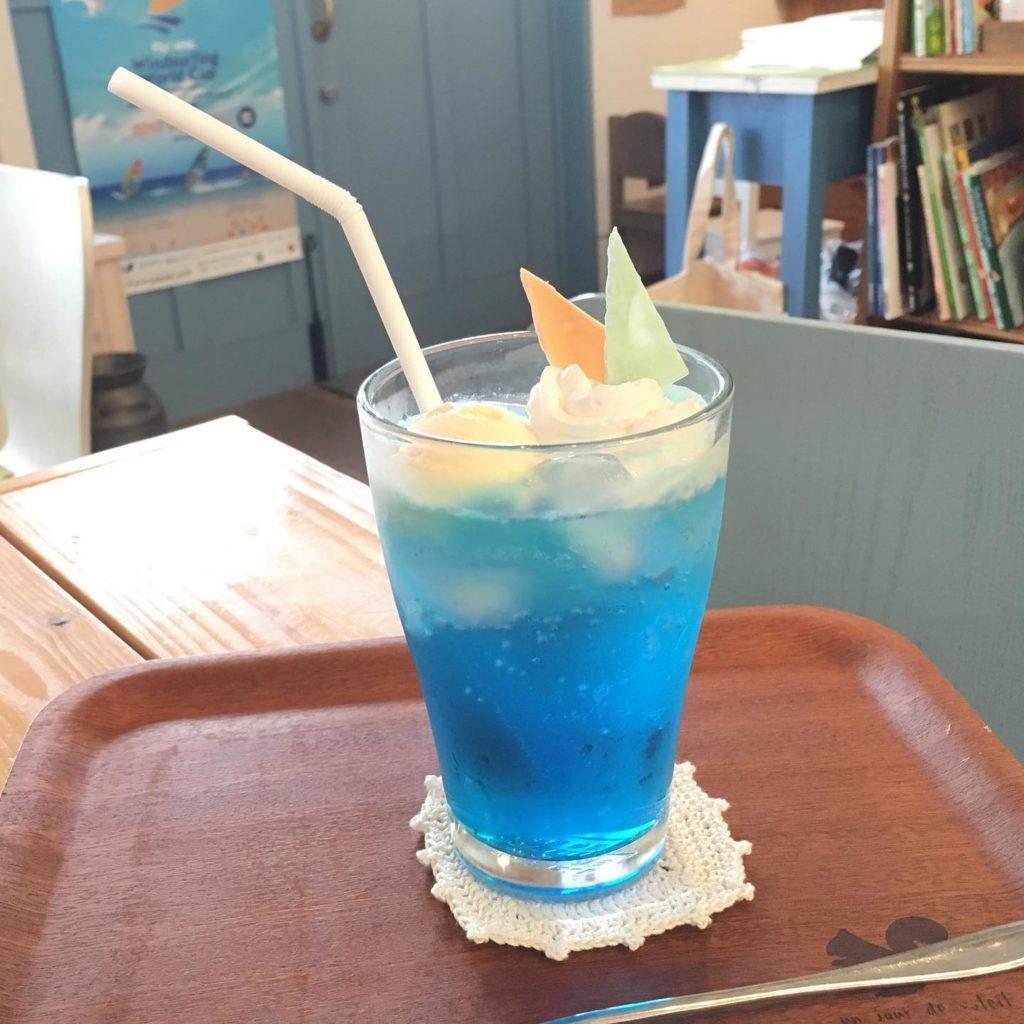 横須賀ウインドブルー(クリームソーダ)